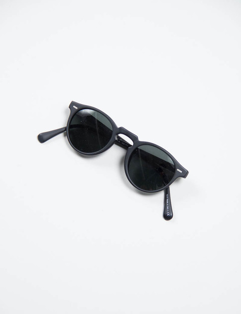 Semi–Matte Black Gregory Peck Sunglasses