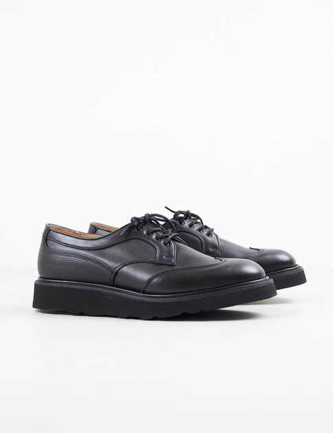 Black 2–Tone Wing Tip Gibson