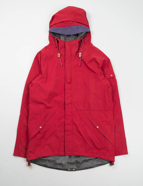 Red 2.5L Gore–Tex Nomad Jacket